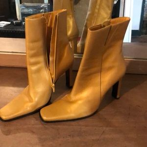 Shoes - Gold ladies boots